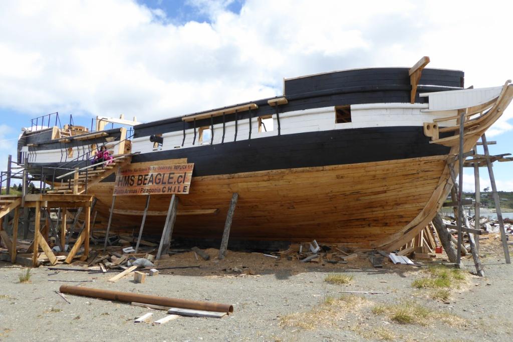 La réplica en construcción del HMS Beagle
