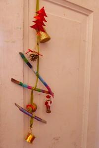 Nos decoramos la puerta de la habitación...