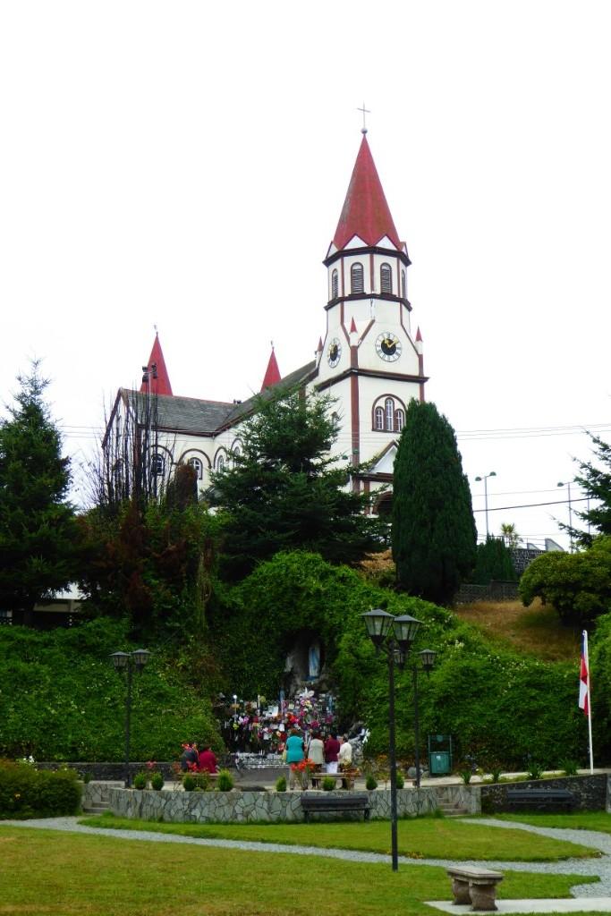 La Iglesia del Sagrado Corazón de Jesús es la segunda imágen más representativa de Puerto Varas