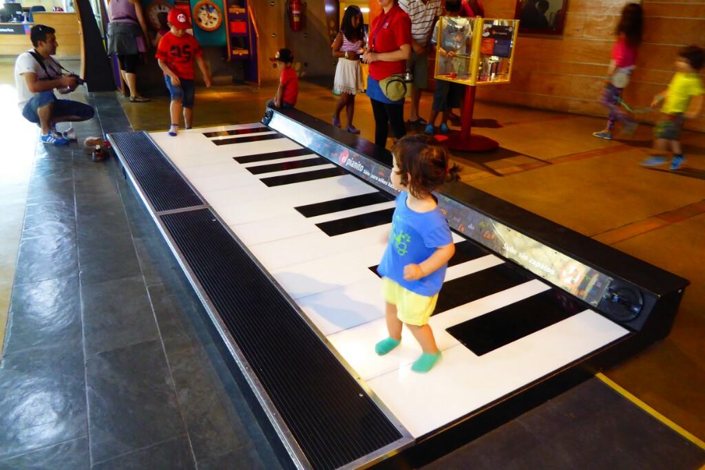 Cuando volvamos a BCN voy a hacer un piano como este...