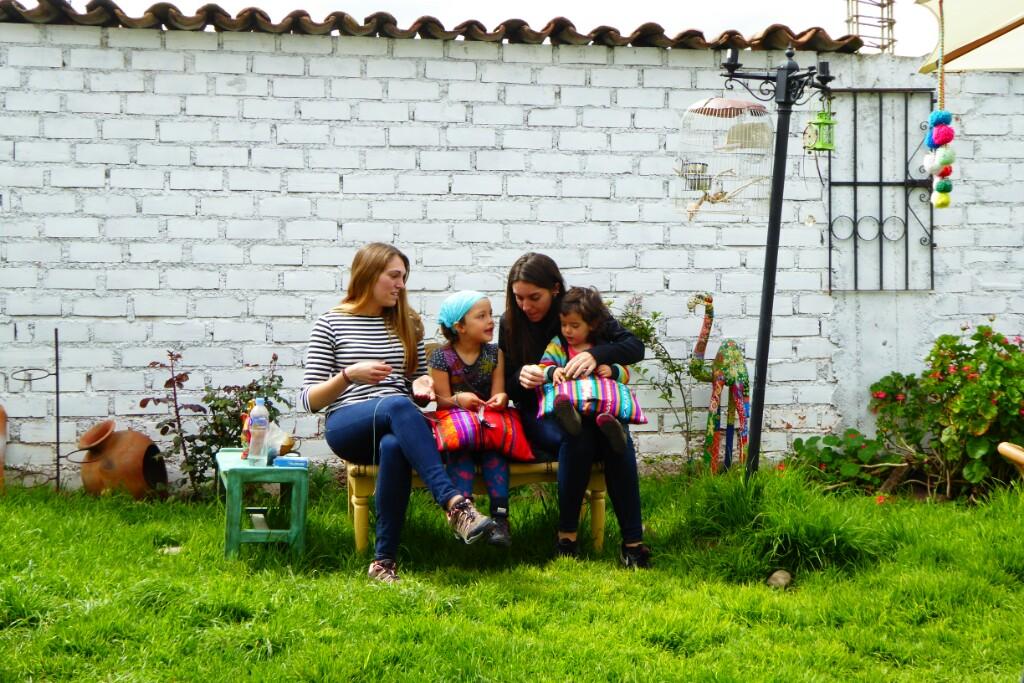 Laia e Inés y su infinita paciencia