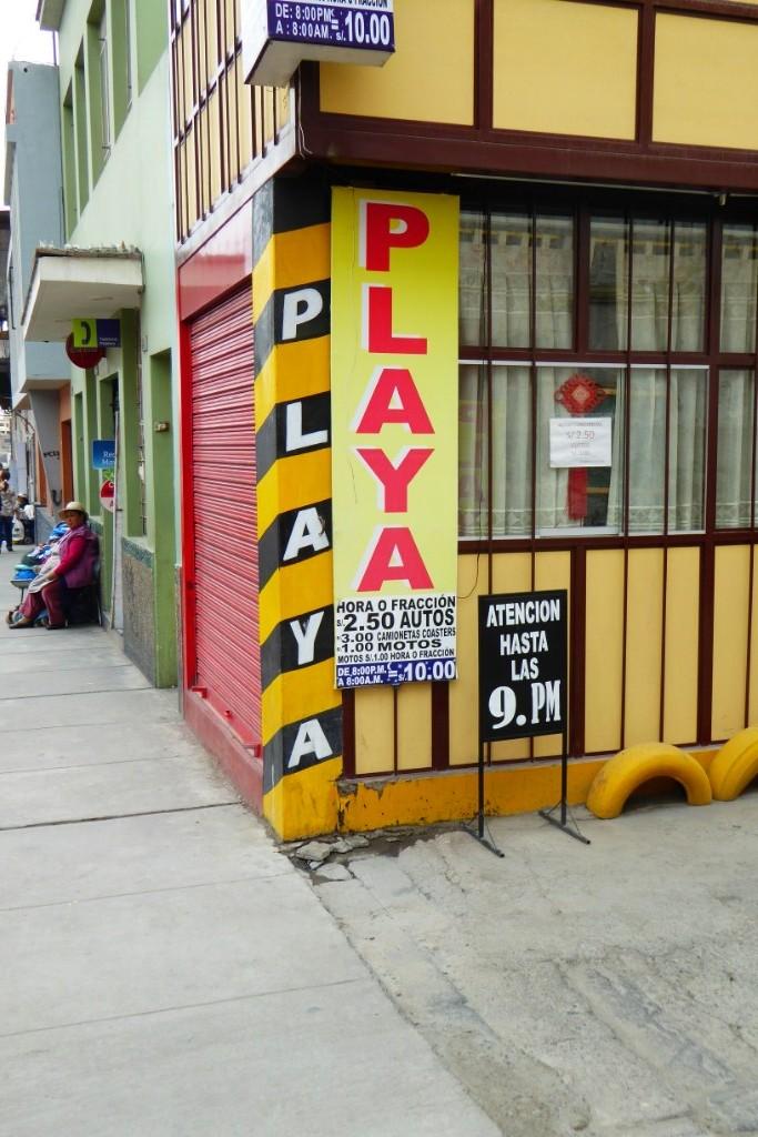 """En Arequipa son los autos los que van a la """"playa"""""""