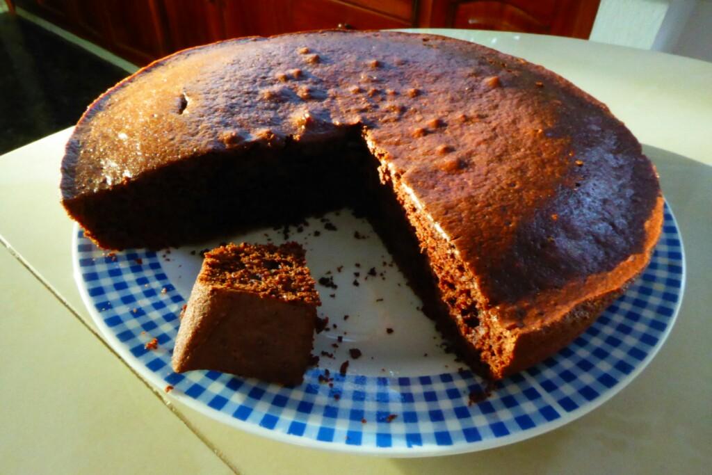 Delicioso bizcocho casero de chocolate. Porque sí.